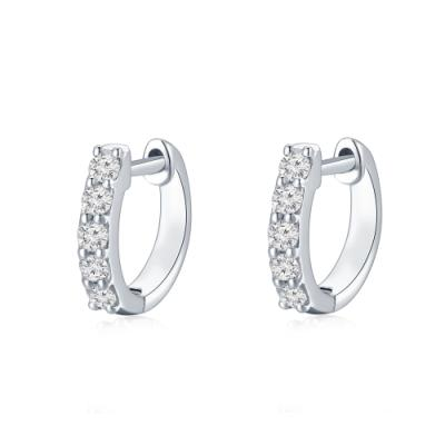 P00303E-18K/750 White Color Gold Diamond Earrings