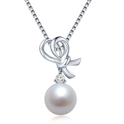 A Pearl Heart 18K/750 White Gold Diamond Pearl Pendant