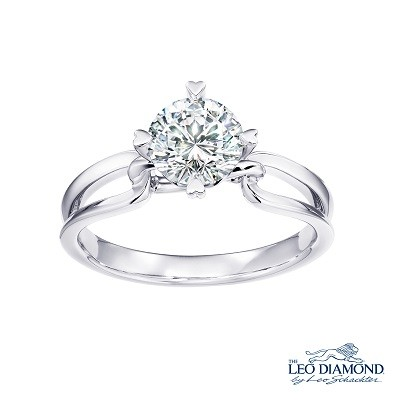 F06106R-The Leo Diamond® 18K/750 White Color Gold Diamond R..
