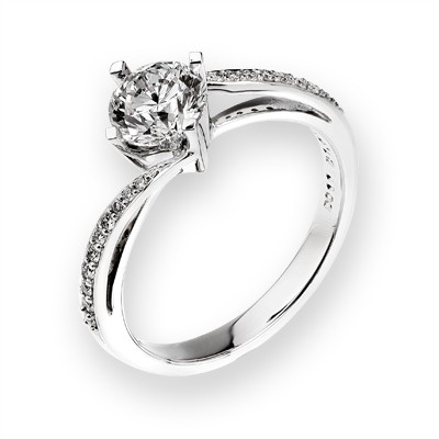 L00747R-18K/750 White Color Gold Diamond Ring
